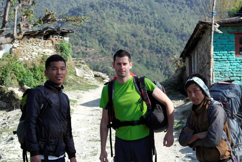 nepal io, Kancha e porter